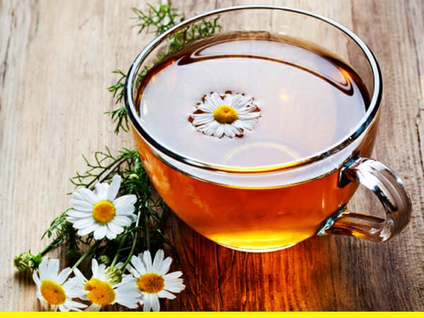 http://www.muscleomania.com/wp-content/uploads/2015/09/Chamomile-Tea.jpg