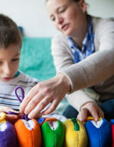 Common Symptoms of Asperger's Syndrome in Children